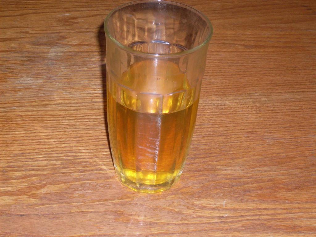 Verre d'urine contre le coronavirus